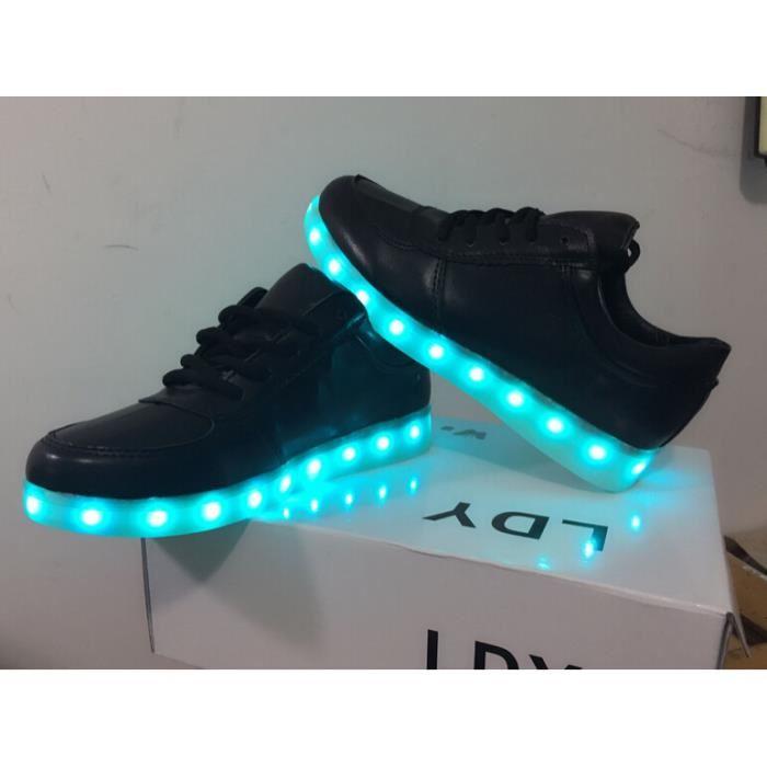ffed624f60555 chaussure led nike prix
