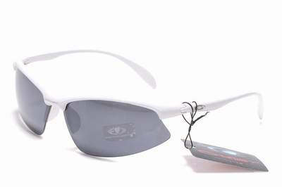 lunette Oakley prix maroc,lunette soleil Oakley pour homme,paire de lunette  Oakley pas cher 6355c11503bd