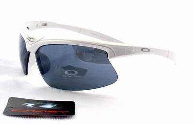 82cc590891c lunette de OAKLEY enfant